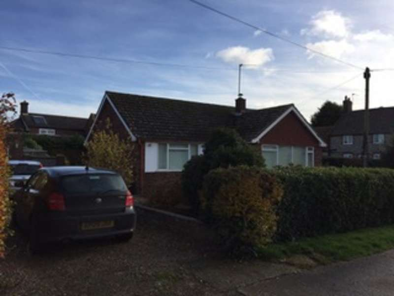 2 Bedrooms Detached Bungalow for sale in Meadow Way Drive, Trunch