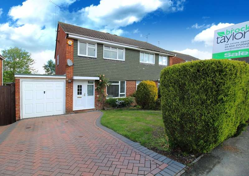 3 Bedrooms Semi Detached House for sale in Heath Way, Horsham