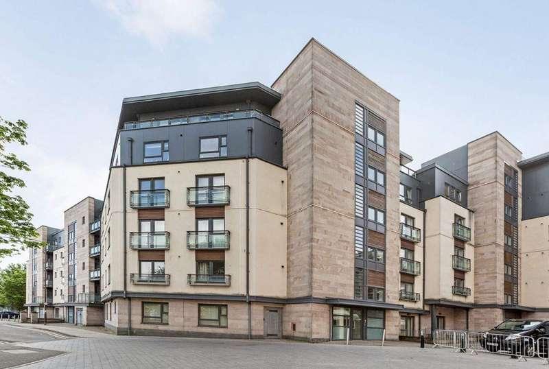 2 Bedrooms Flat for sale in 17/13 West Tollcross, Tollcross, EH3 9QN