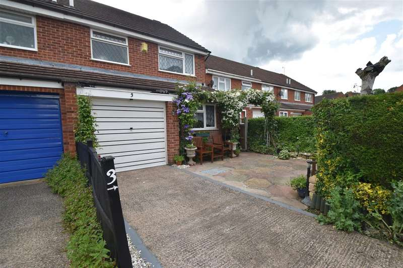 3 Bedrooms Property for sale in Westbury Avenue, Droitwich