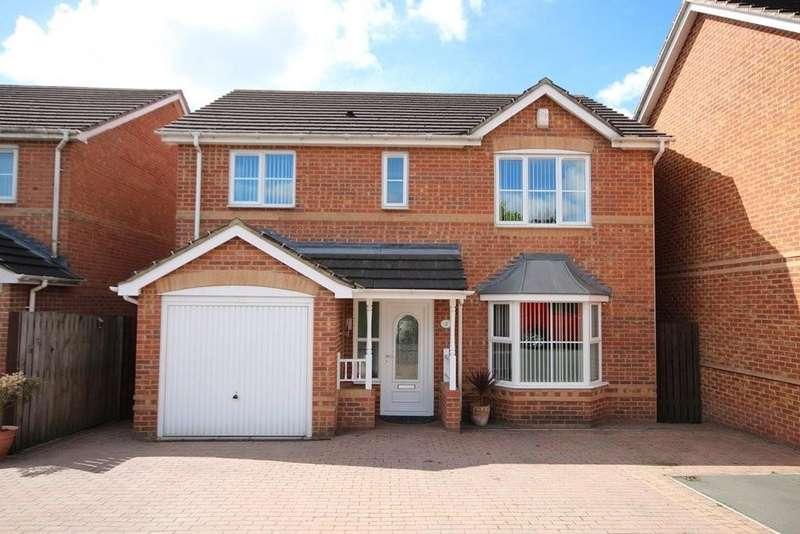 4 Bedrooms Detached House for sale in Redbarn Court, Middleton