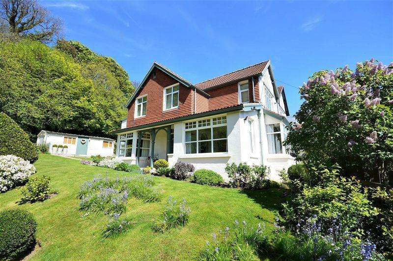 4 Bedrooms Semi Detached House for sale in Sandsend, Whitby