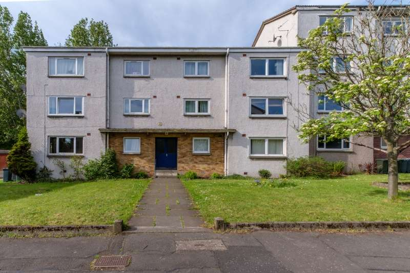 2 Bedrooms Ground Flat for sale in Silverknowes Neuk, Silverknowes, Edinburgh, EH4 5QA