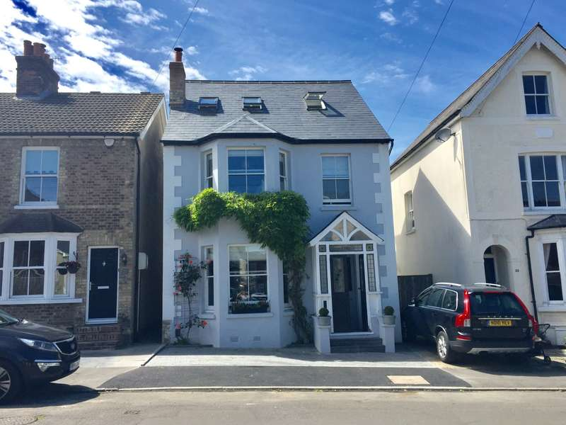4 Bedrooms House for sale in South Rd, RH2