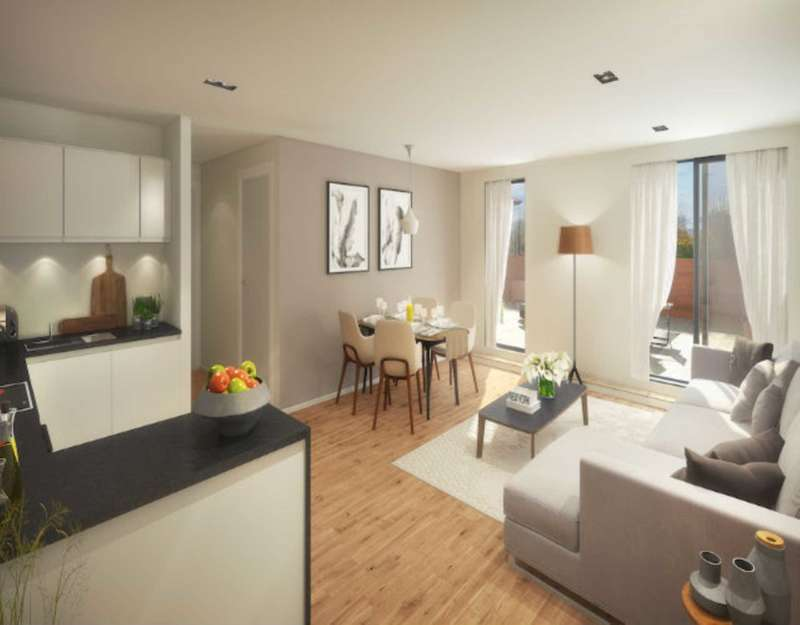 3 Bedrooms Apartment Flat for sale in Springwell Road, Leeds
