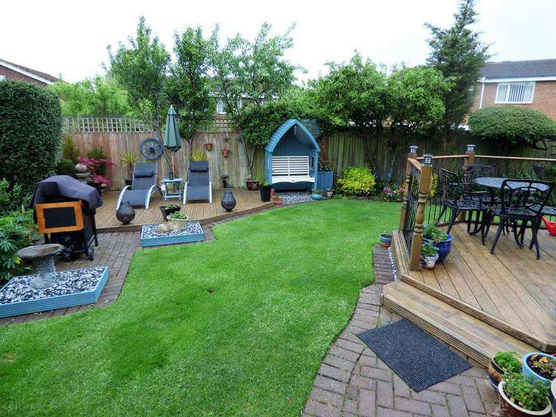4 Bedrooms Detached House for sale in Woodbrook Close, Redcar