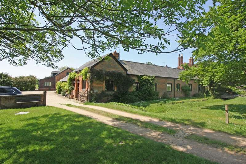 4 Bedrooms Detached House for sale in The Green South, Warborough