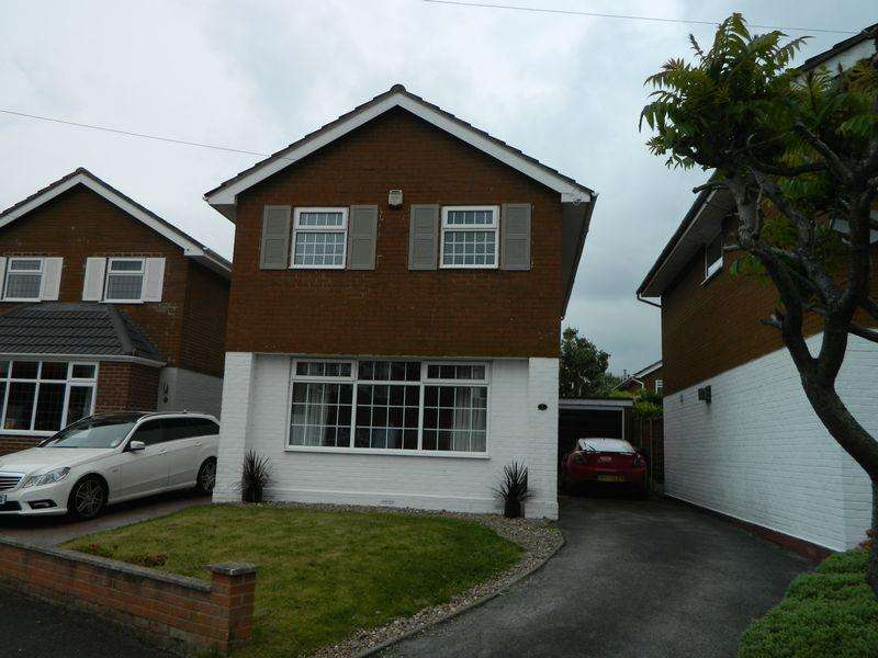 3 Bedrooms Detached House for sale in Weaver Close, Sandbach