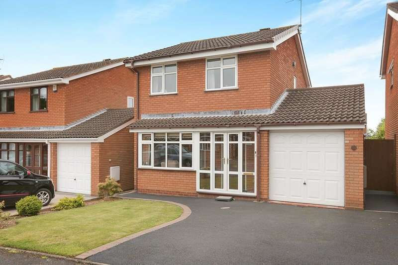 3 Bedrooms Detached House for sale in Turnham Green, Perton, Wolverhampton, WV6