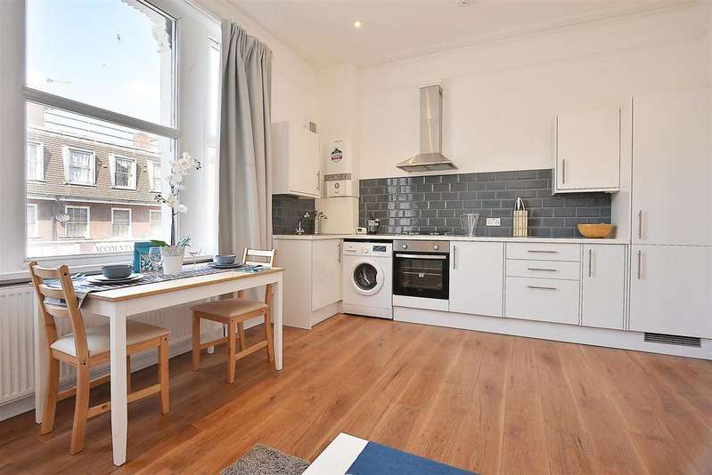 2 Bedrooms Flat for sale in Greyhound Lane, Streatham, SW16