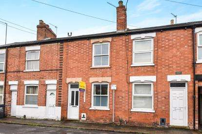 2 Bedrooms Terraced House for sale in Albert Street, Loughborough, Leicestershire