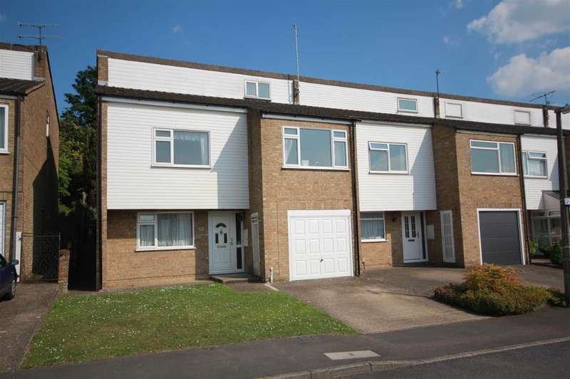 4 Bedrooms House for sale in SPACIOUS 4 DOUBLE BEDROOM FAMILY HOME IN Concorde Drive, close to Town Centre HP2