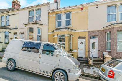 2 Bedrooms Terraced House for sale in Camels Head, Plymouth, Devon