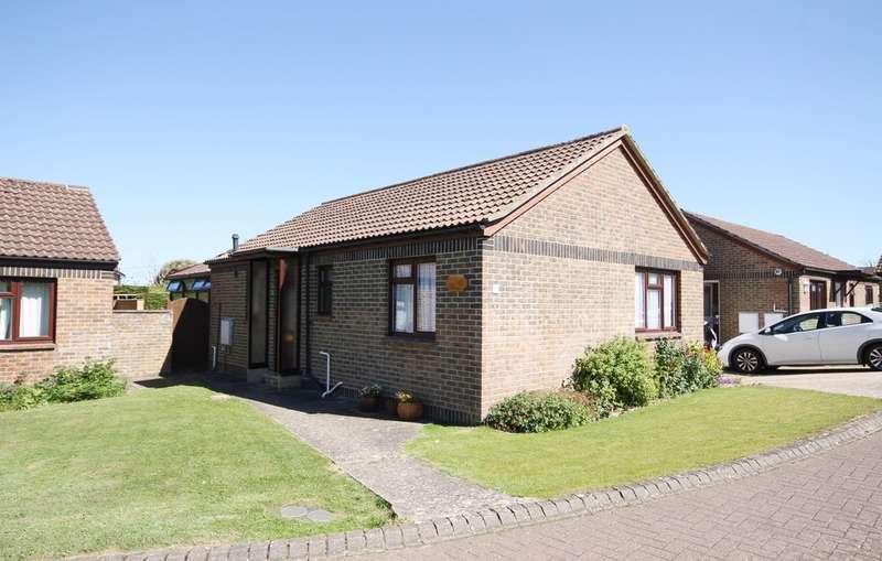 2 Bedrooms Detached Bungalow for sale in Shalfleet, Isle of Wight