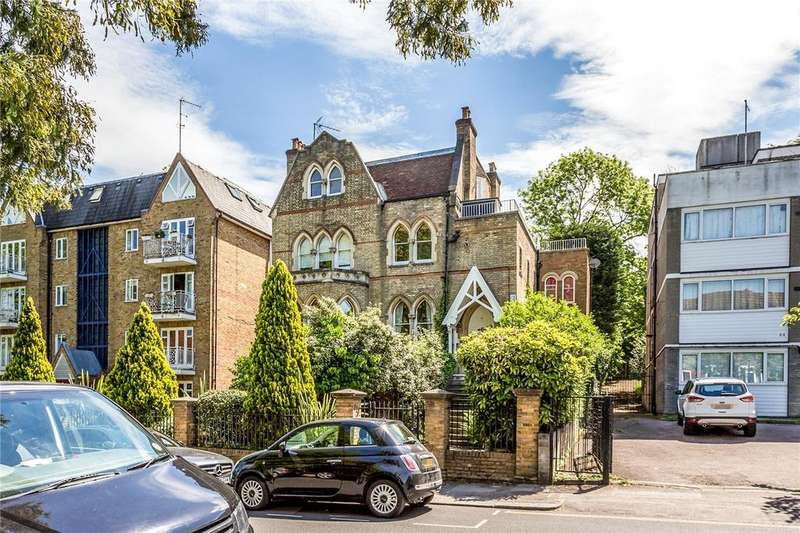 2 Bedrooms Flat for sale in Crescent Road, Crouch End, London, N8