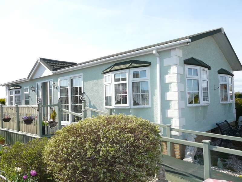 2 Bedrooms Mobile Home for sale in Conifer Way, Locking, Weston Super Mare
