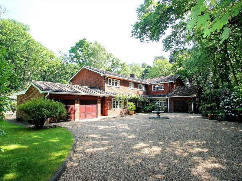 7 Bedrooms Detached House for sale in West End, Woking, Surrey