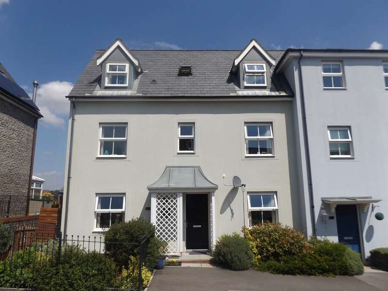 4 Bedrooms Semi Detached House for sale in Griffin Drive, Penallta, Hengoed
