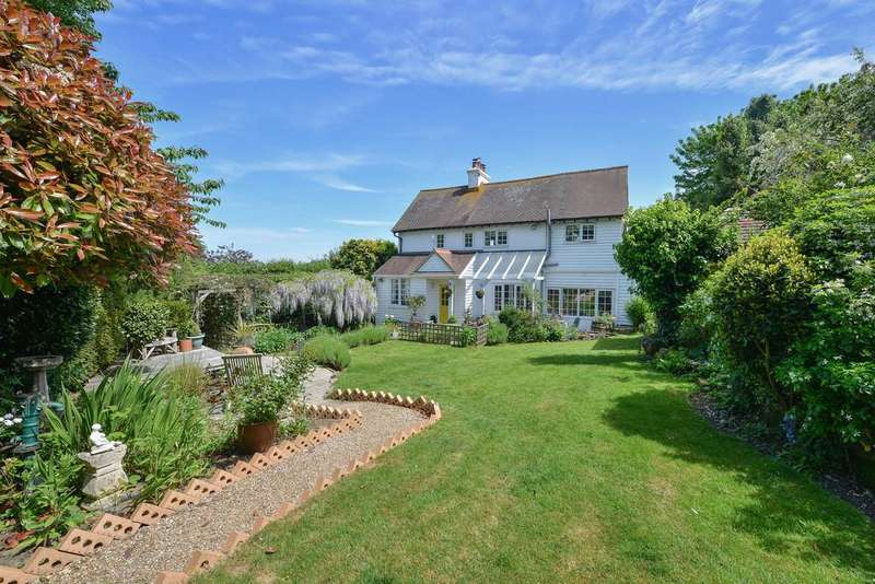 3 Bedrooms Cottage House for sale in New England Lane, Playden, Rye, East Sussex TN31 7NT
