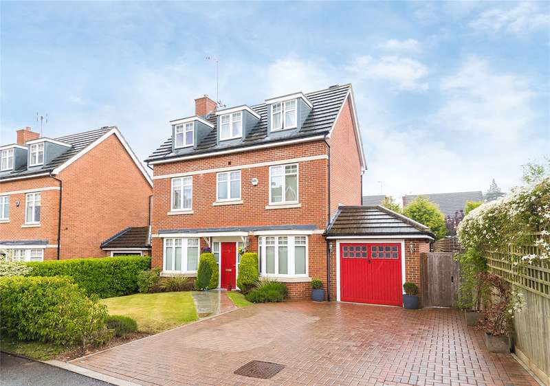 4 Bedrooms Detached House for sale in Padelford Lane, Stanmore, HA7
