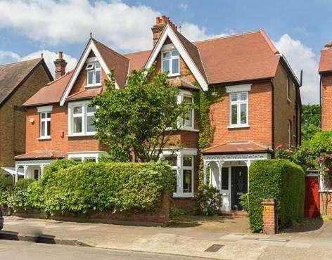 5 Bedrooms Semi Detached House for sale in Spencer Road, Strawberry Hill