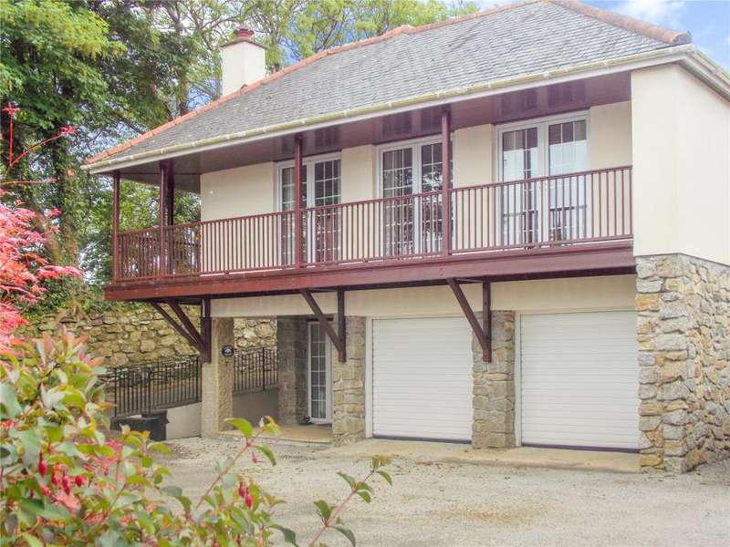 3 Bedrooms Link Detached House for sale in The Courtyard, Kernick Park, Penryn