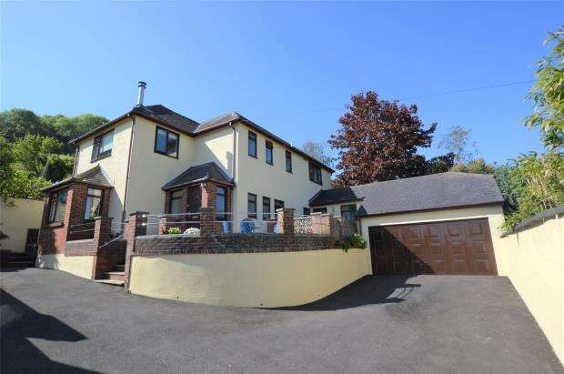 4 Bedrooms Detached House for sale in Milton Street, Brixham, Devon
