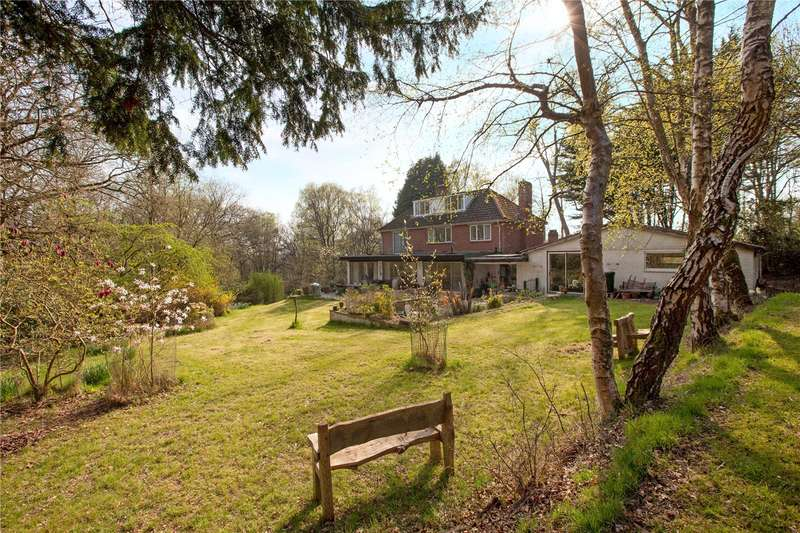 5 Bedrooms Detached House for sale in High Street, Hermitage, Thatcham, Berkshire, RG18
