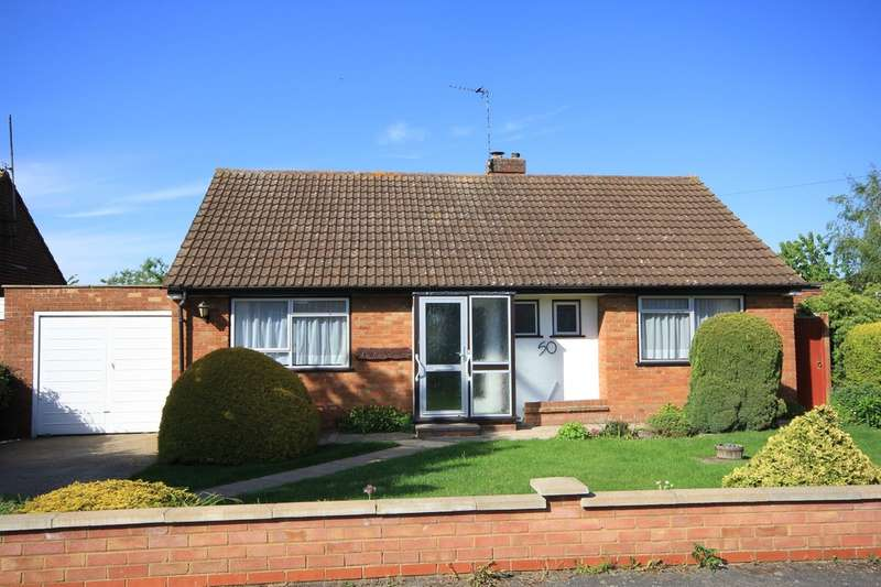 2 Bedrooms Detached Bungalow for sale in Princes Risborough | Buckinghamshire