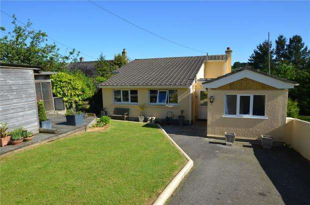 3 Bedrooms Detached House for sale in Gipsy Lane, Liskeard, Cornwall