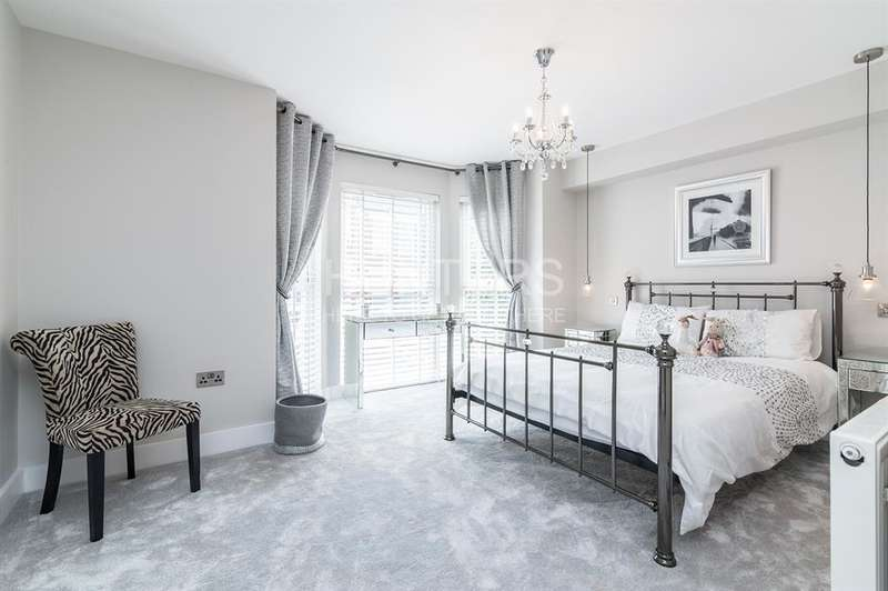 3 Bedrooms Apartment Flat for sale in Sumatra Road, West Hampstead, NW6 1PG