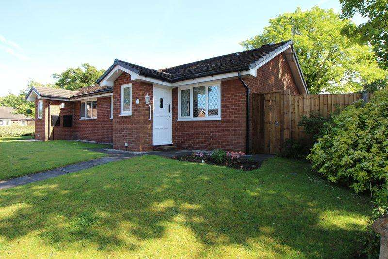 2 Bedrooms Semi Detached Bungalow for sale in Shetland Drive, Bromborough
