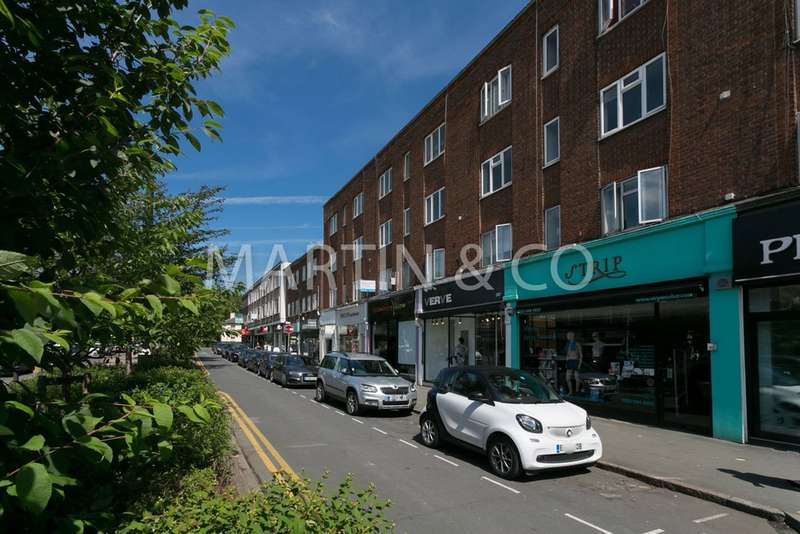 2 Bedrooms Flat for sale in Brooklyn Court, High Road