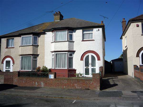 3 Bedrooms Semi Detached House for sale in Mitchell Avenue, Northfleet