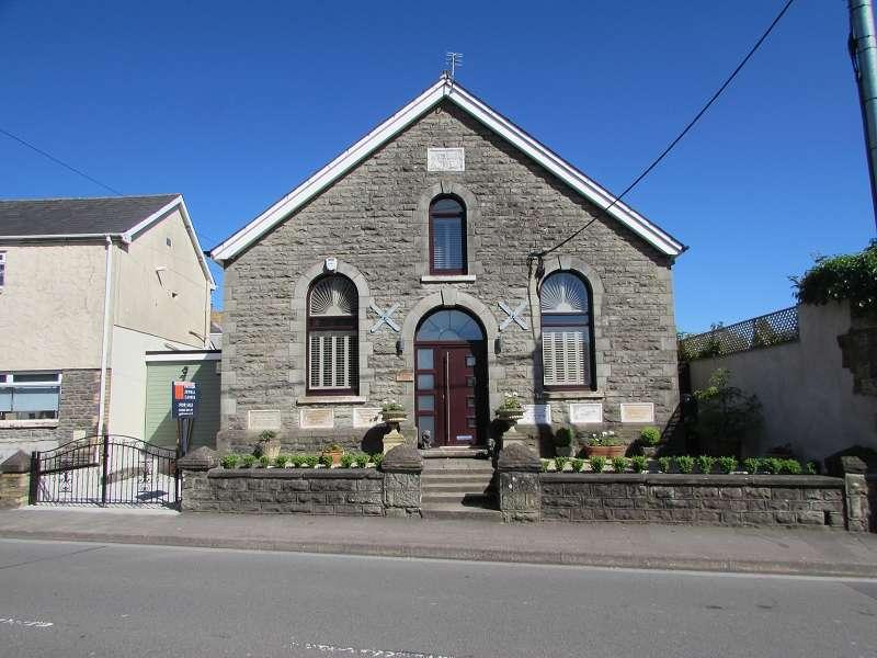 4 Bedrooms Detached House for sale in Bryn Seion Chapel Coychurch Road, Pencoed, Bridgend. CF35 5NH