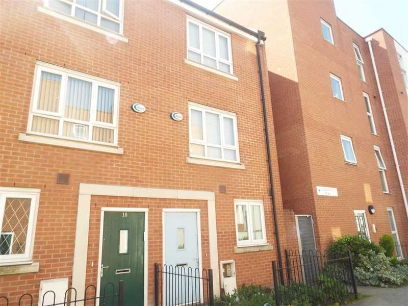 4 Bedrooms Town House for sale in Evergreen Mews, Salford