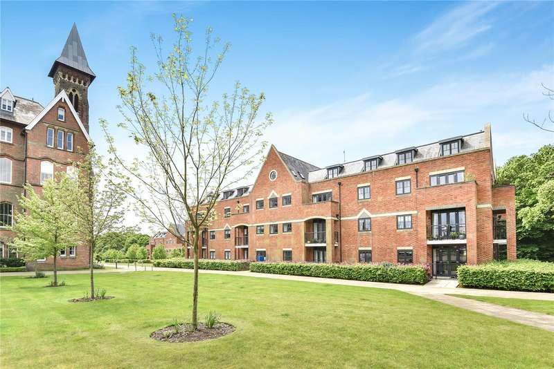 3 Bedrooms Flat for sale in Mayfield Grange, Little Trodgers Lane