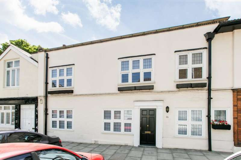 3 Bedrooms House for sale in Warwick Close, Kensington W8