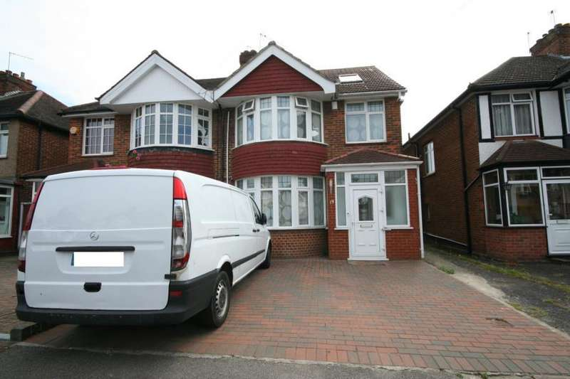 4 Bedrooms Semi Detached House for sale in Camplin Road, Kenton, HA3 9LT