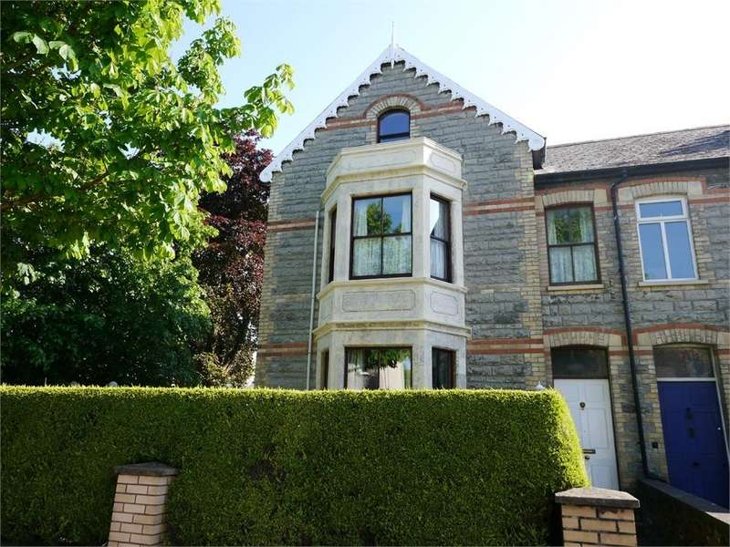 5 Bedrooms End Of Terrace House for sale in Clive Place, Penarth