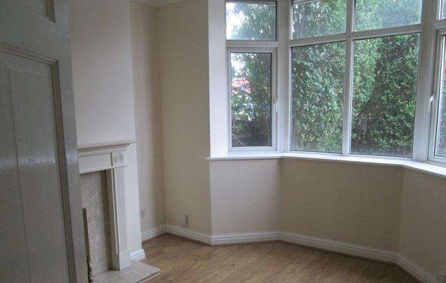 2 Bedrooms Semi Detached House for sale in BIDDULPH ROAD, CHELL, STOKE-ON-TRENT