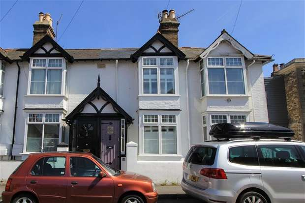 2 Bedrooms Terraced House for sale in West Cliff, Whitstable