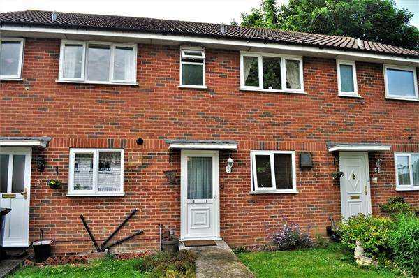 2 Bedrooms Terraced House for sale in Maidstone ME15