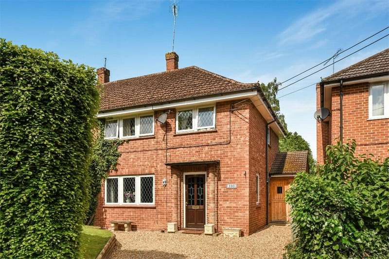 3 Bedrooms Semi Detached House for sale in Hartley Wintney, Hampshire
