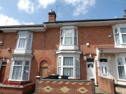 4 Bedrooms Terraced House for sale in Medlicott Road, Sparkbrook, Birmingham, West Midlands