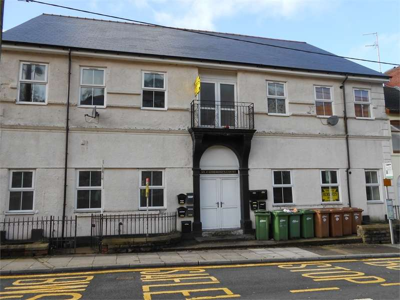 1 Bedroom Flat for sale in St Catherines Court, Senghenydd, Caerphilly, CF83
