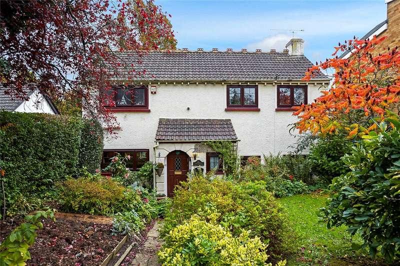3 Bedrooms Detached House for sale in Old Bridge Lane, Epsom, Surrey, KT17