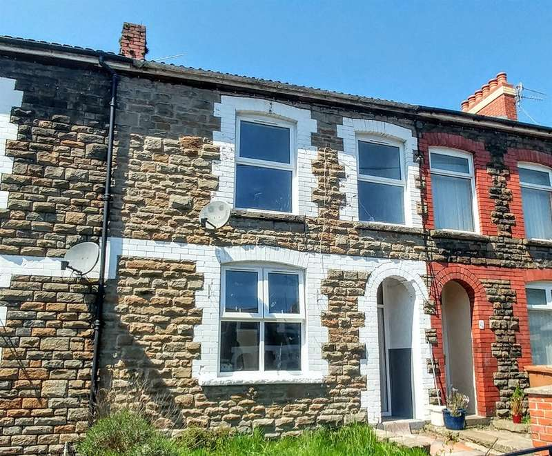 3 Bedrooms Terraced House for sale in School Street, Llanbradach, Caerphilly