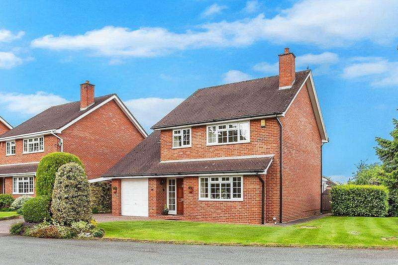 4 Bedrooms Detached House for sale in Hulton Close, Mossley, Congleton