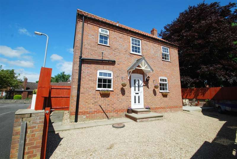 2 Bedrooms Detached House for sale in College Close, Wainfleet, Skegness